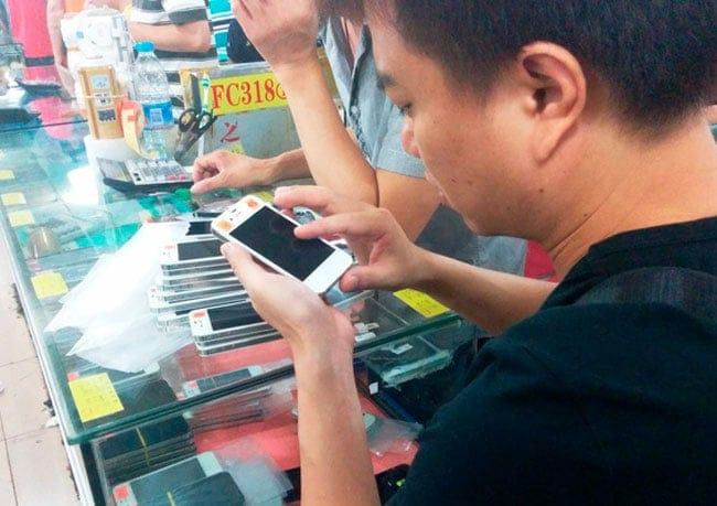 Cierran una fábrica China que se dedicaba a falsificar smartphones