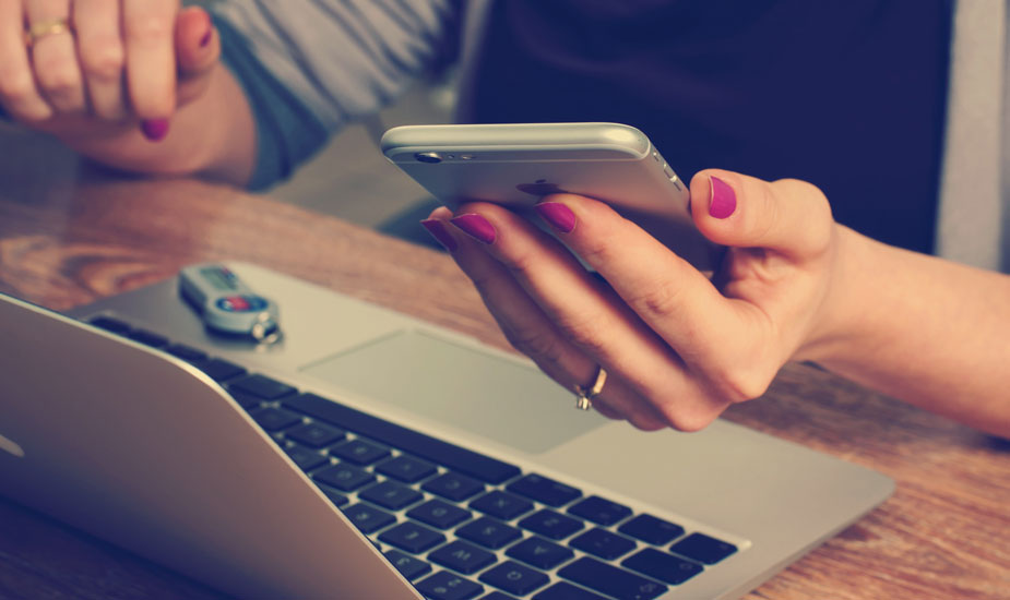 Cómo cambiar el nombre a un iPhone, iPad o iPod Touch