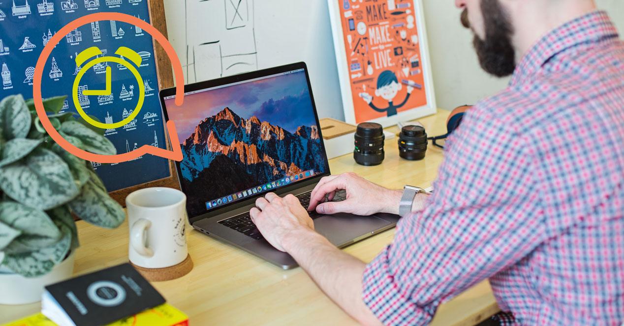 Activar anuncio de hora en macOS