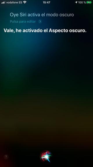 Activar el aspecto oscuro del iPhone desde Siri